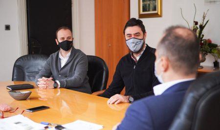 Filipçe në takim me SHGM dhe SPGPM: Gazetarët dhe punonjësit mediatik do të vaksinohen në fazën e dytë si pjesë e institucioneve vitale