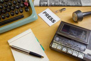 1980s,Journalist's,Desk
